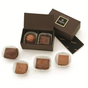 Box with 2 Pralines