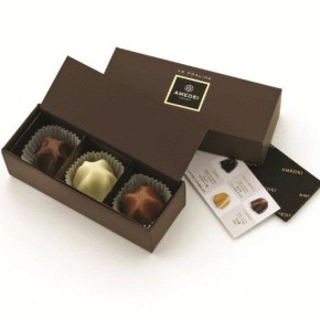Box with 3 assorted Pralines - Alcohol